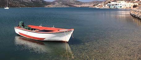 Astypalea-boat-crop-1