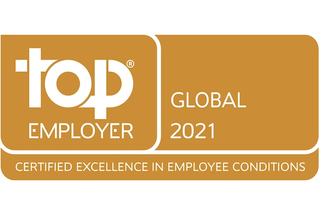 Top Employer global 2021 badge