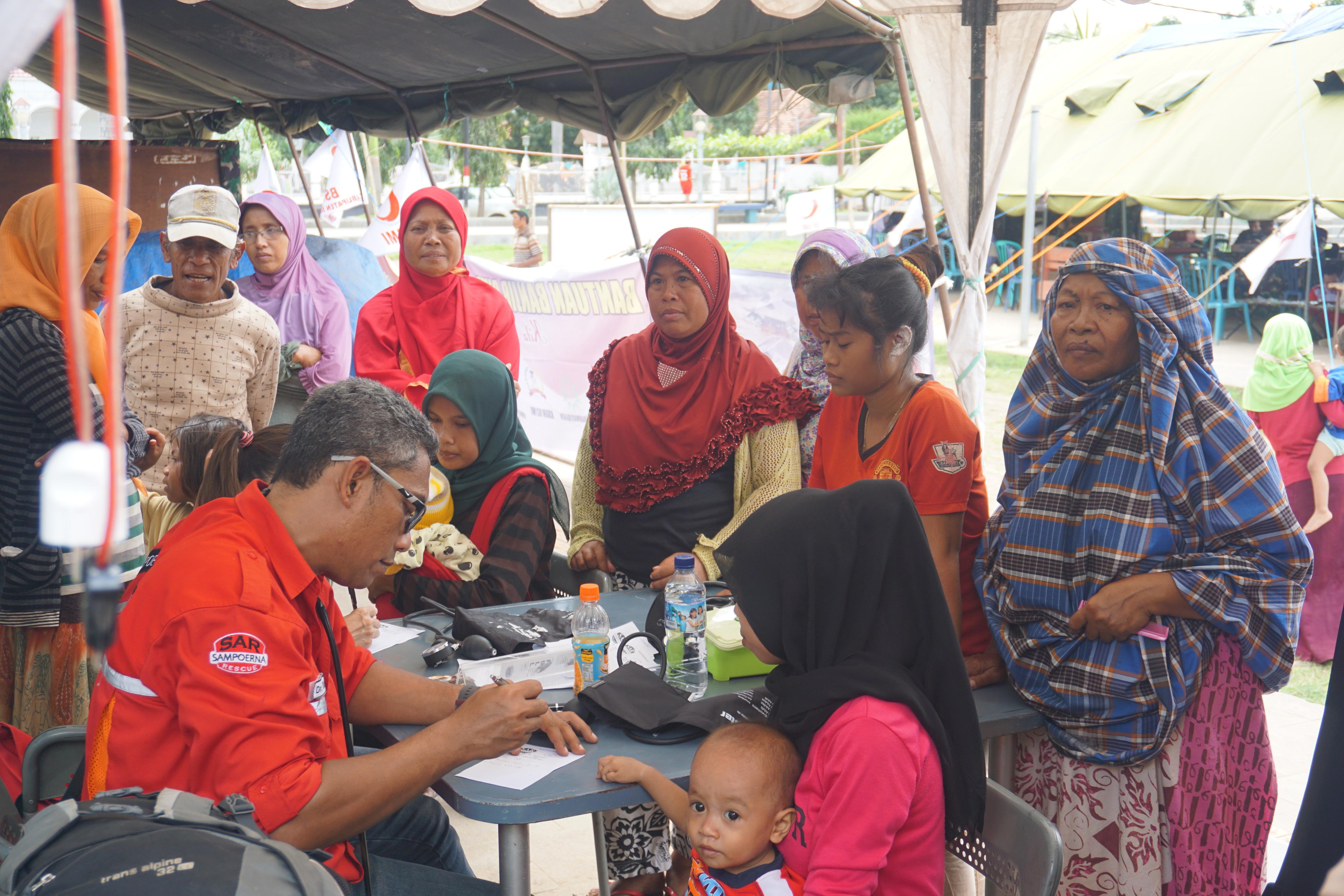 Pengobatan Gratis pasca banjir bandang di Bima - NTB