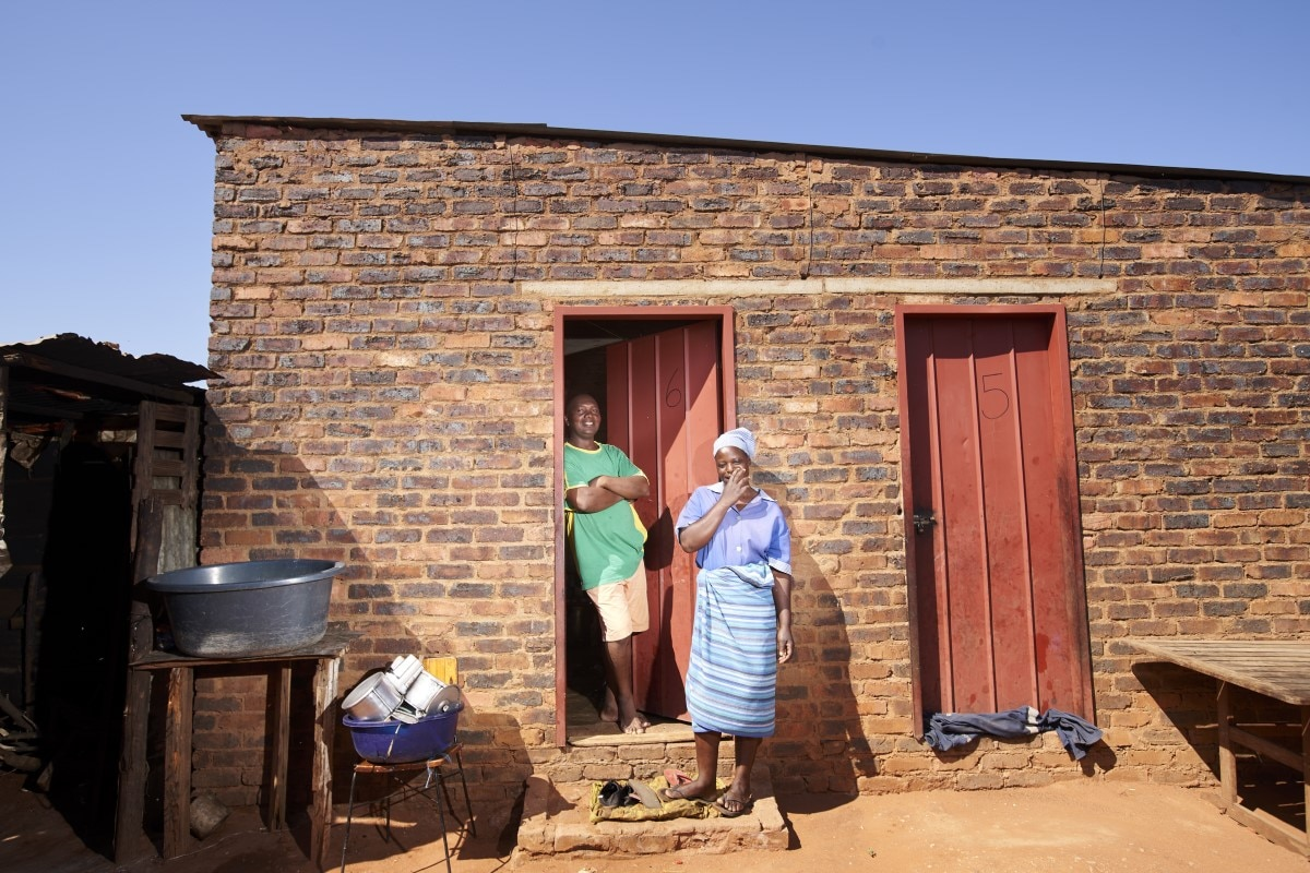 South Africa housing tobacco farms