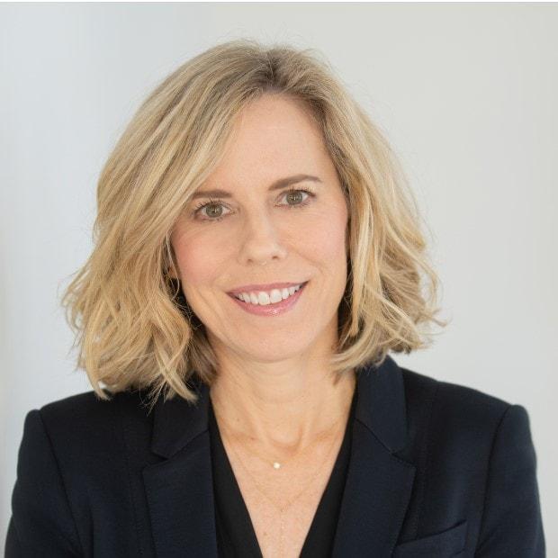 Bonnie Herzog Goldman Sachs analyst