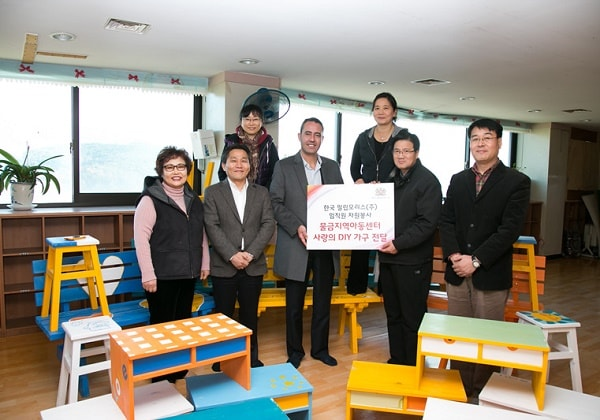 Yangsan-furniture-charity-2012