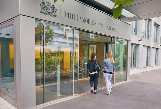 Lausanne entrance article highlight