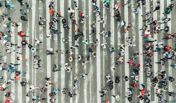people-crossing-road-thumbnail