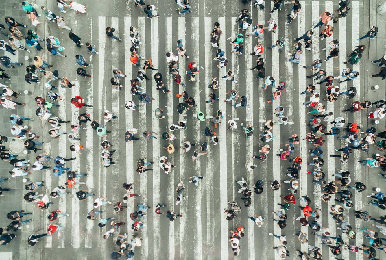people-crossing-road-web