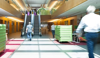 Lausanne hallway OG thumbnail