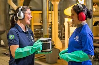 Women Brazil factory section highlight B